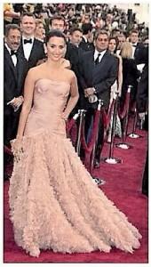 Vestidos de los Oscar - Penélope Cruz