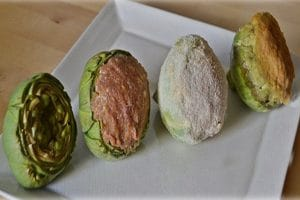 Alcachofas rellenas de carne y jamón.
