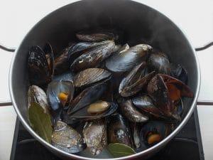 Mejillones a la marinera, un entrante fácil y nutritivo.