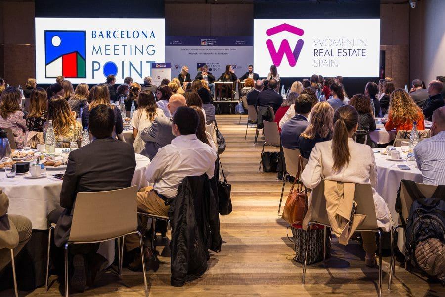 Barcelona Meeting Point celebrará una mesa redonda debate de WIRES (Woman in Real Estate in Spain), colectivo que tiene por objetivo fomentar la presencia de la mujer en el sector inmobiliario.