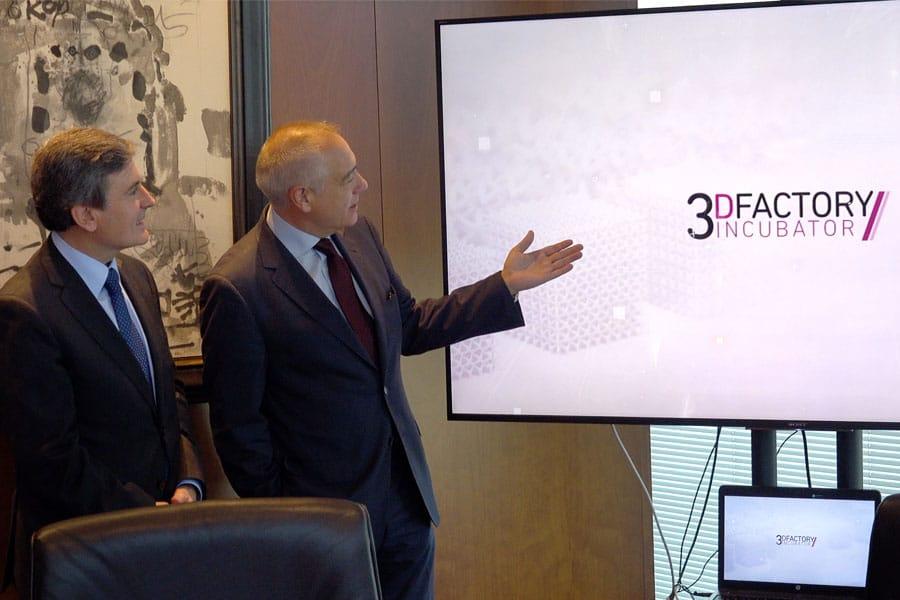 EL CZF presenta al Secretario de Estado, Pedro Saura el 3DINCUBATOR Y DFACTORY de Barcelona