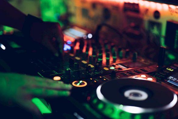 Controlador todo en uno Pioneer DJ XDJ-XZ
