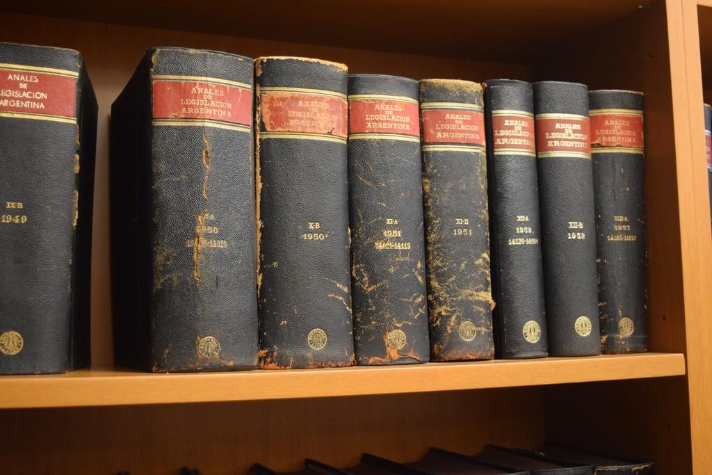 El notariado en Cataluña y Barcelona. Libros legales