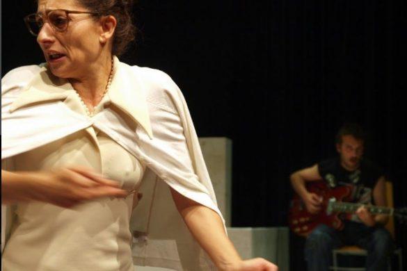 "Isabelle Bres en ""Hamlet és mort"""