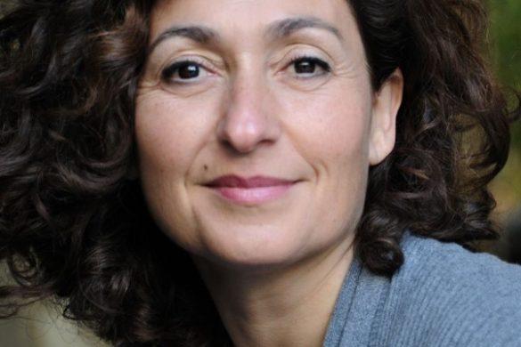 Isabelle Bres, Actriz de teatro en Barcelona
