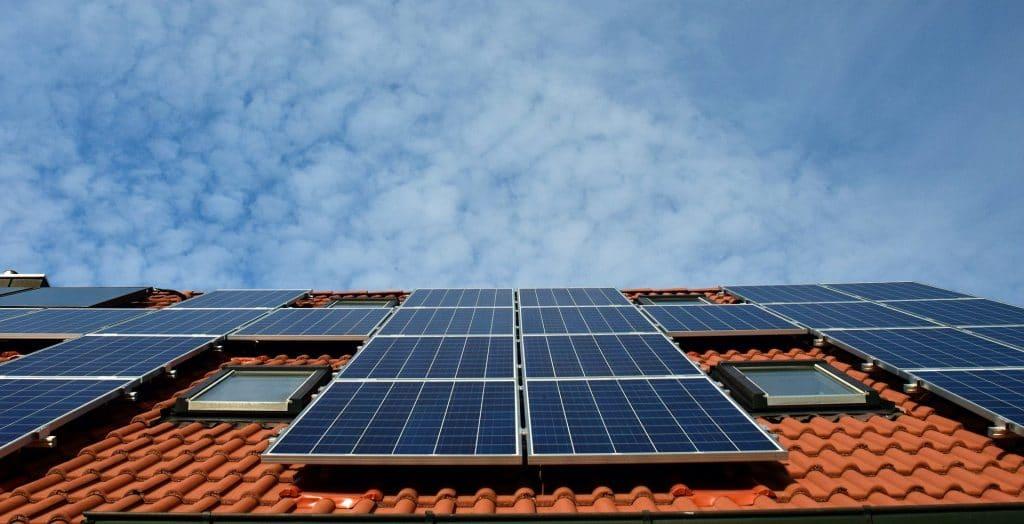 Por qué la energía fotovoltaica es la más barata, segura y sostenible