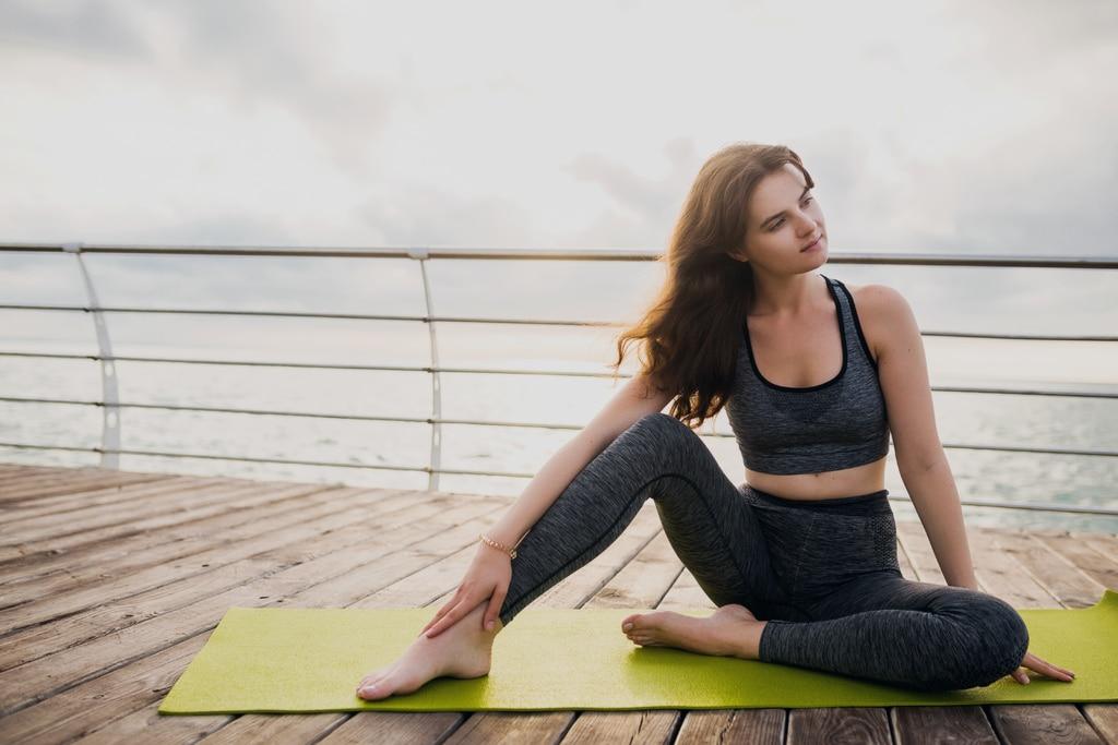 Herbalife. Adelgazar y cuidar la salud. Mujer haciendo ejercicio